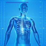 圧迫骨折の痛みはコラーゲンとケイ素水を飲むことで改善できるか