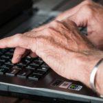 プロテオグリカンのサプリは指の関節痛に効果ある?効果ない?軟骨強化の効能