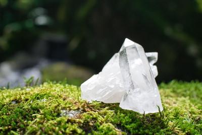 水晶シリカ
